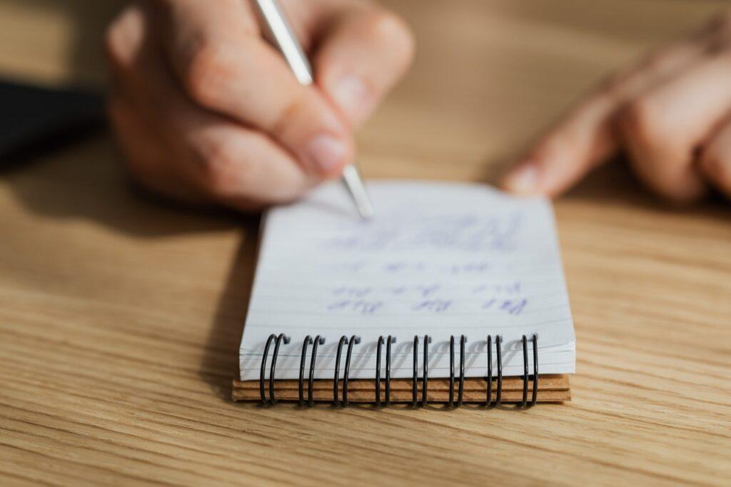 How to write blog in Marathi